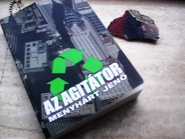 Agitator01